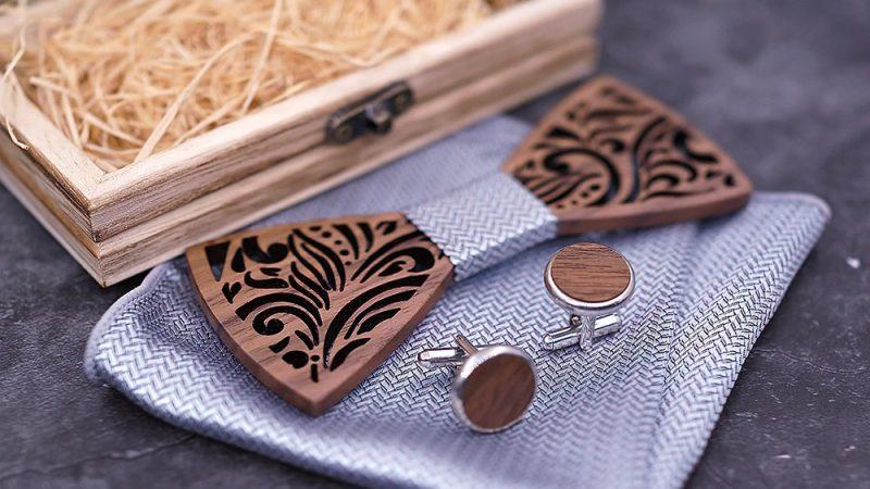 Как да носите своята дървена папионка със стил?